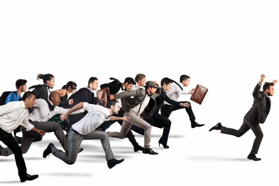 Businessman exults winning during a race with opponents Bild: alphaspirit/Fotolia